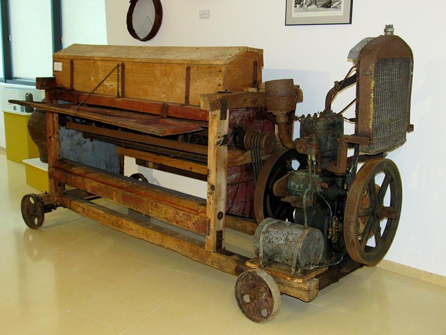 maquina de majar pieza del mes del museo bierzo alto de bembibre el bierzo